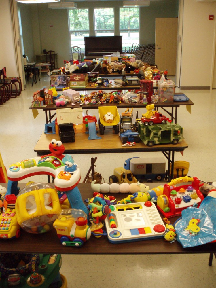 Share Your Children's Toys Through a Toy Swap