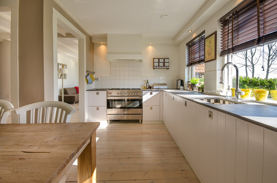 Clean Kitchens Sell Homes Faster